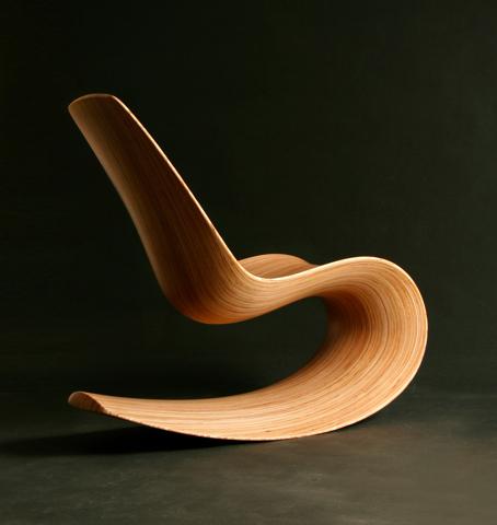 Savannah rocker iii: γλυπτική σε ξύλο